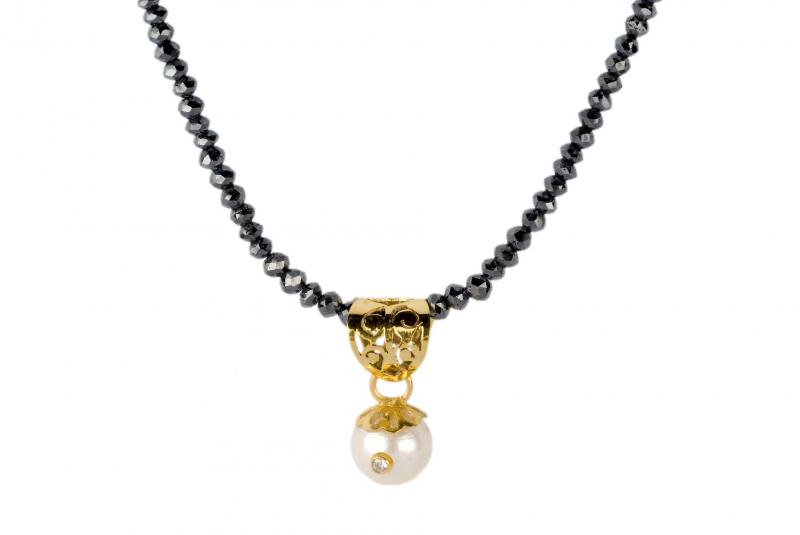 Black Diamond Beads Necklace Yellow Gold pendent with Pearl & White Diamond